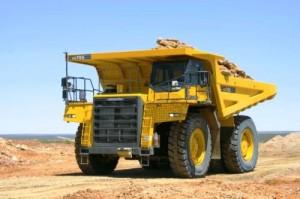 大型ダンプトラックHD785