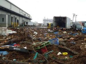 被災直後の岩沼物流センター