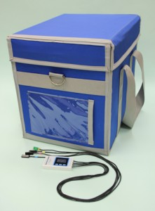「メカクール」を活用した医療用の定温輸送箱