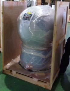 木箱に梱包したドラえもんフィギュア 木箱に梱包されたドラえもんフィギュア イベント鴻池運輸はこの
