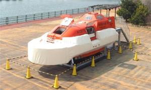 津波救命艇(試作機)