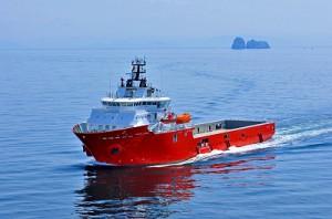 JMU、プラットフォーム補給船を引渡し