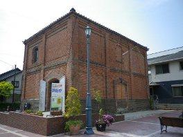 菊川市の茶産業発展の歴史伝える「赤れんが倉庫」
