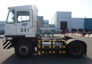 韓国・釜山港、ヤードトラクターをLNG車に転換