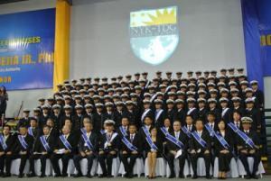 日本郵船、フィリピンの同社商船大で4期生107人が卒業