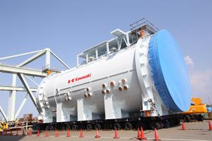 川崎重工、B787の増産対応向けオートクレープ出荷