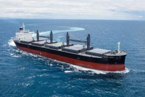 常石造船、4.5万トン型貨物船を引き渡し、燃費13%向上