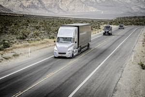 独ダイムラー、米国で自動運転トラックの道路使用許可