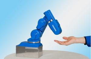安川電機、小型6軸多関節ロボットを開発