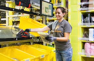 アマゾン、米国の物流施設で6000人以上フルタイム雇用