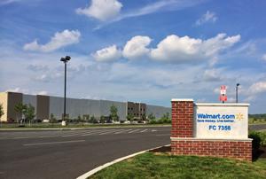 米ウォルマート、11万m2のEC向け物流拠点を開設