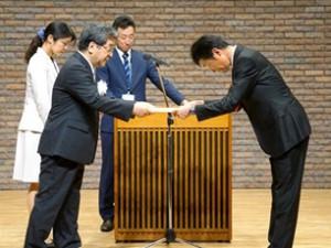 リコーロジ、大阪拠点で「ごみ減量優良建築物」表彰
