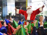 伊勢湾海運、地元園児を迎え入れクリスマスイベント開催