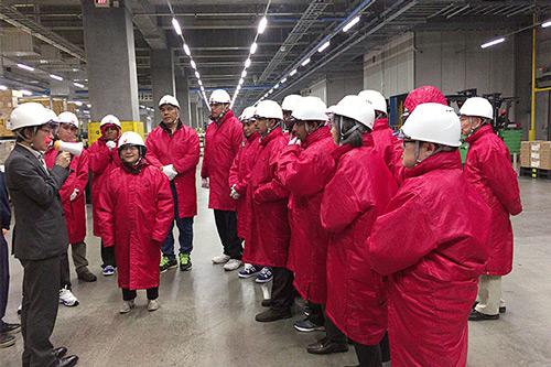 ニチレイロジ関東、JICAの研修員16人受け入れ倉庫見学会