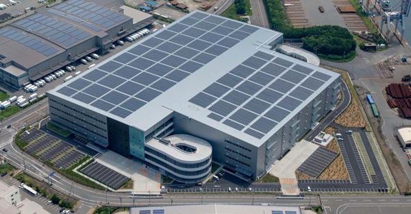 オリックス、物流施設の屋根借り太陽光発電01