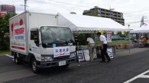 いずみ市民生協、津波避難訓練に緊急車両トラック展示