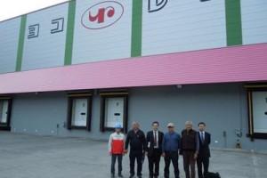 横浜冷凍、キルギス国行政関係者が喜茂別物流C視察2