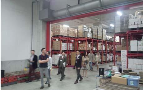 SBSロジコム、横浜の高級ワイン専用倉庫で見学会