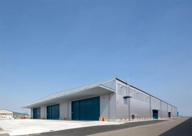 日通、本牧物流センター内に新倉庫竣工