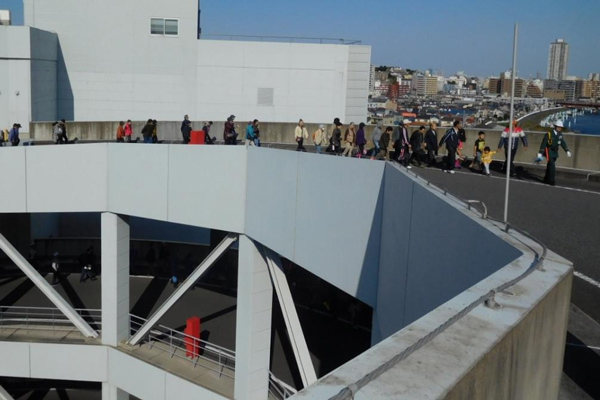 GLP、横浜市の物流施設で地域住民ら150人と避難訓練