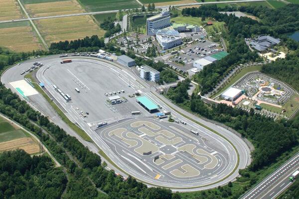 センコー、滋賀県に大型自動車免許の指定教習所開設