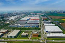 GIC、欧州物流施設開発のP3を2700億円で買収