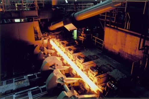 新日鉄住金、和歌山の中径製管工場が累計圧延量1000万トン
