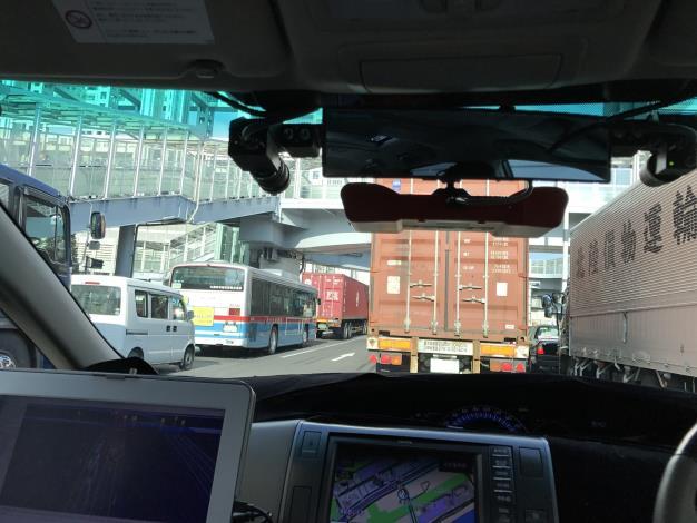 ZMP、20年の完全自動運転実現目指し公道実験