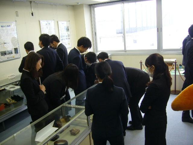 名古屋税関、鈴与新入社員64人の訪問受入れ