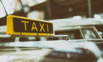 タクシー配送許可1200件、全国3万7000台に拡大