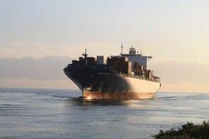 日本、「船員交代停滞に人道上の懸念」と主張